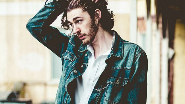 Sonic+Review+episode+1-+Hozier